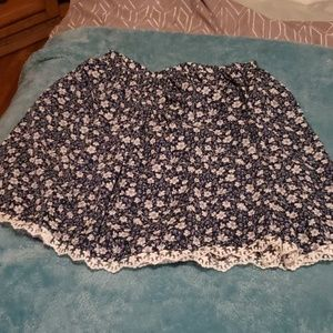 Other - Girls floral skirt
